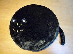 クッション黒猫.jpg