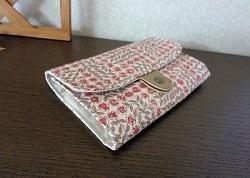 ジャバラ式カードケーススリーピングローズ4.JPG