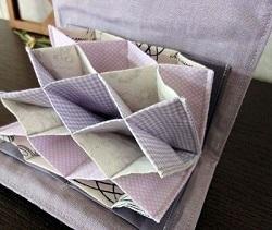 ジャバラ式カードケーススリーピング紫4.JPG