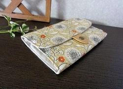 ジャバラ式カードケースダンデリオン3.JPG