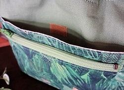 巾着式バッグインバッグジャングル・タペストリー1.JPG